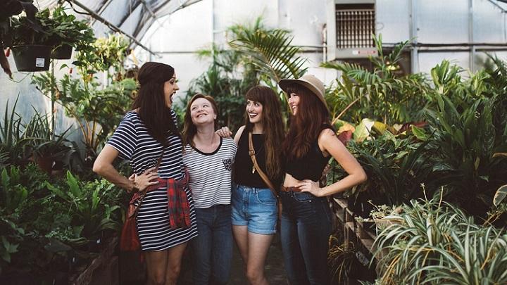 grupo-de-amigas