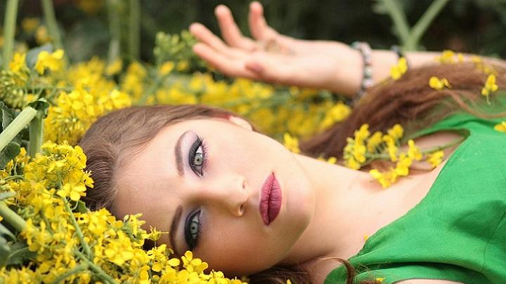 chica-de-ojos-verdes