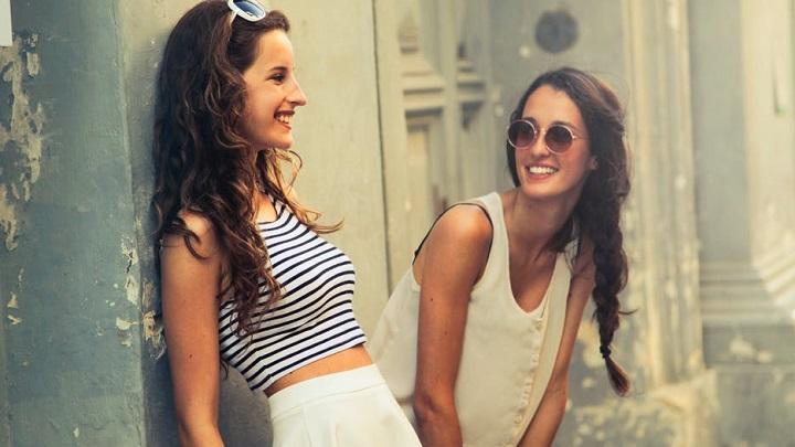 dos-chicas