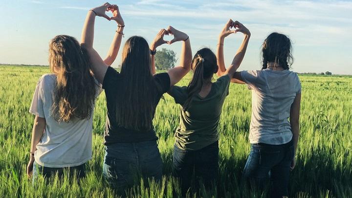 cuatro-amigas