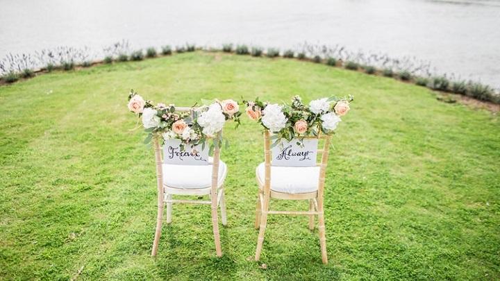 sillas-con-flores