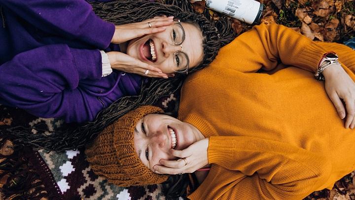 personas-sonriendo