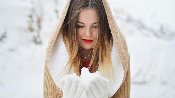 chica-en-la-nieve