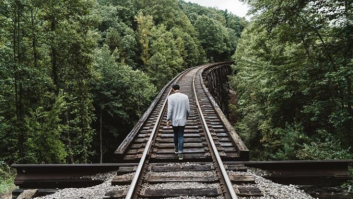 hombre-paseando