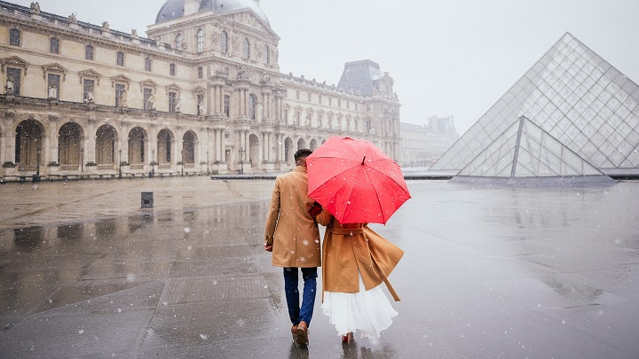 pareja-en-paris