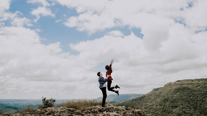 imagen-romantica-de-pareja-joven