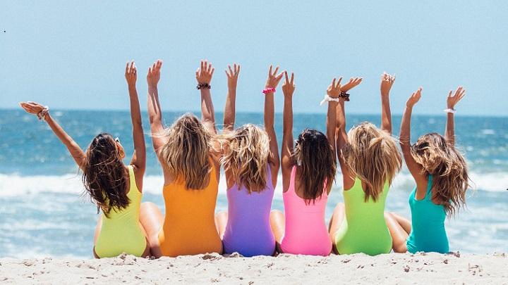 amigas-en-la-playa