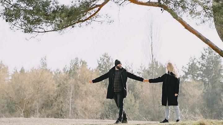 pareja-en-invierno