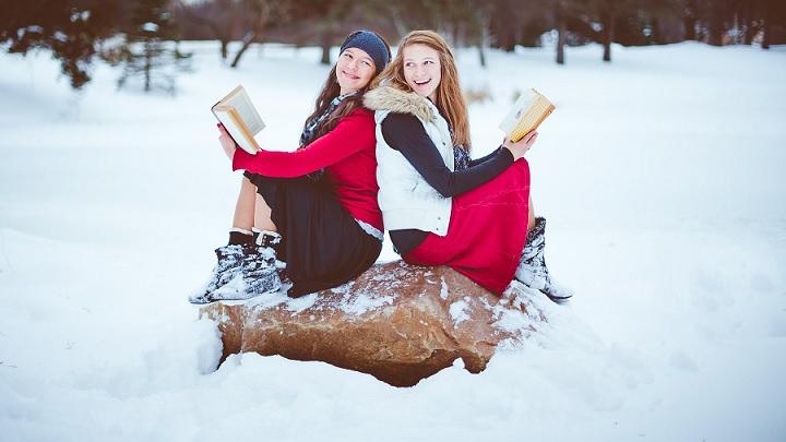 amigas-en-la-nieve