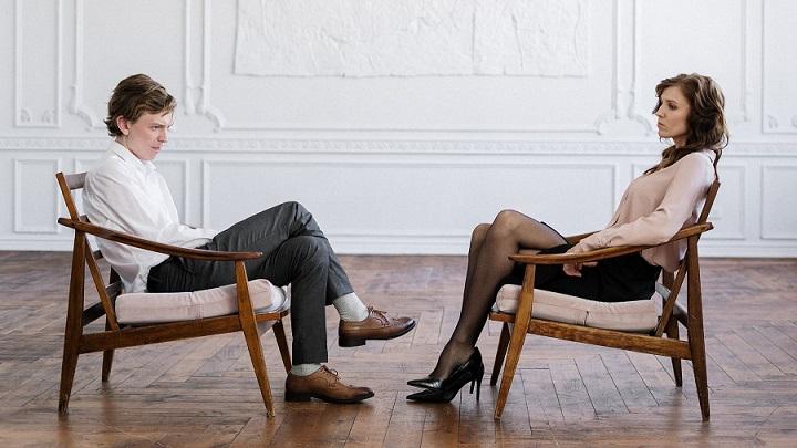 pareja-con-dificultades-de-comunicacion