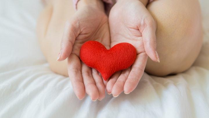 corazon-en-las-manos