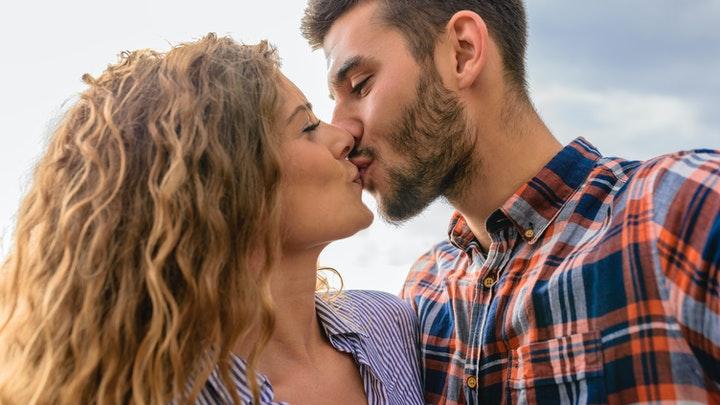 pareja-romantica