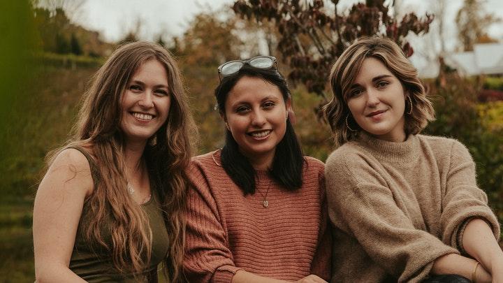 tres-amigas