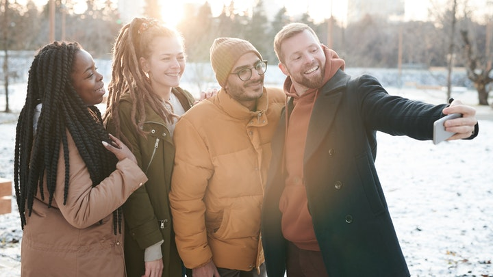 cinco-consejos-para-parejas-que-quieren-hacer-amigos