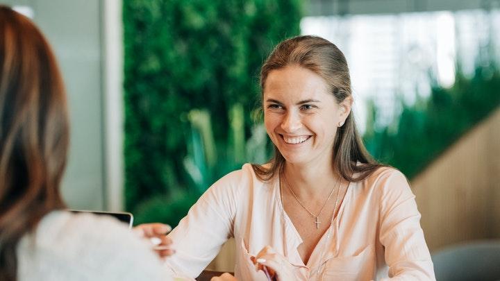 cinco-consejos-para-practicar-la-inteligencia-conversacional